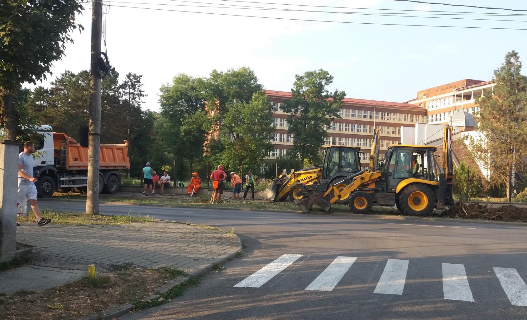 Sens giratoriu nou în Hunedoara. Startul lucrărilor a fost dat