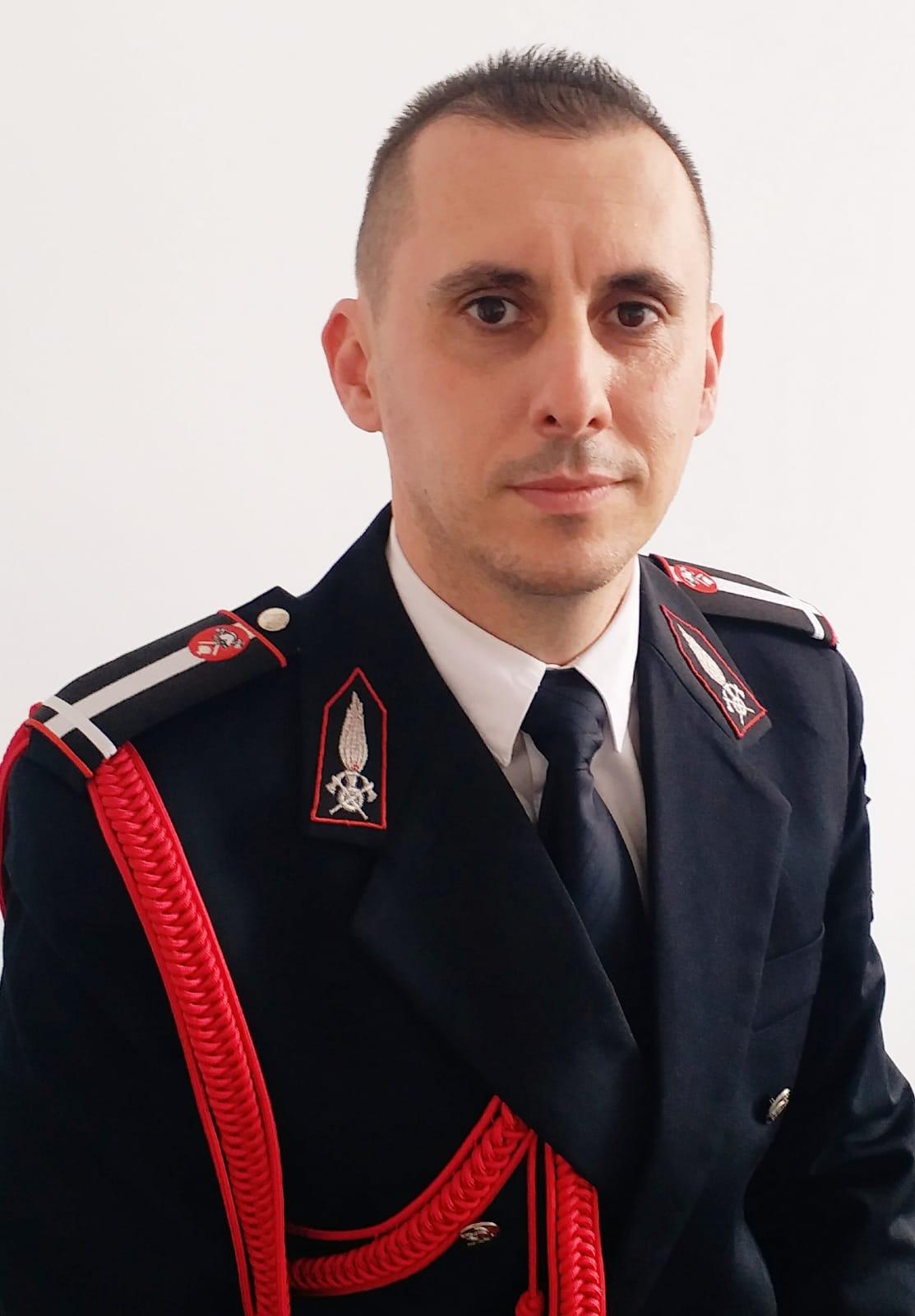 I.S.U. Hunedoara are, de astăzi, un nou prim adjunct al inspectorului şef. Maiorul Alin Nasta, pompier cu o carieră militară solidă