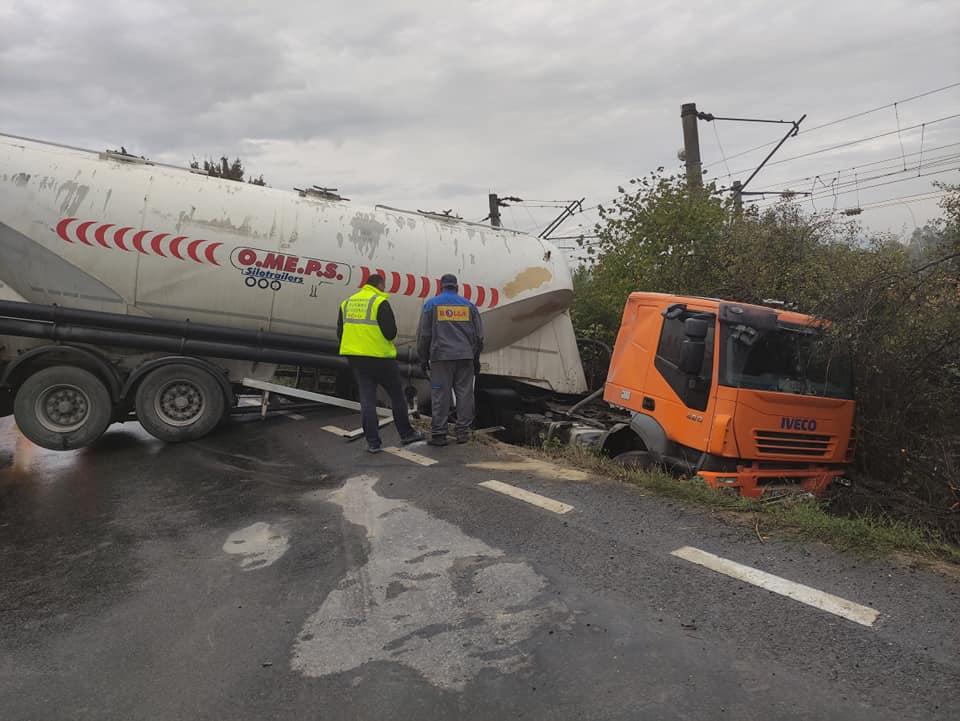 Accident rutier produs pe DN7, în zona localității Zam
