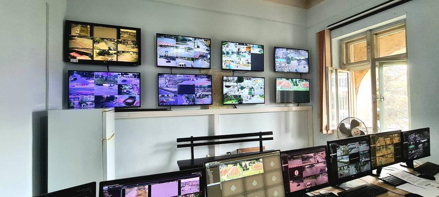 """Cu """"ochii"""" pe tot ce mișcă în oraș. Sistemul de supraveghere video din Hunedoara se extinde"""