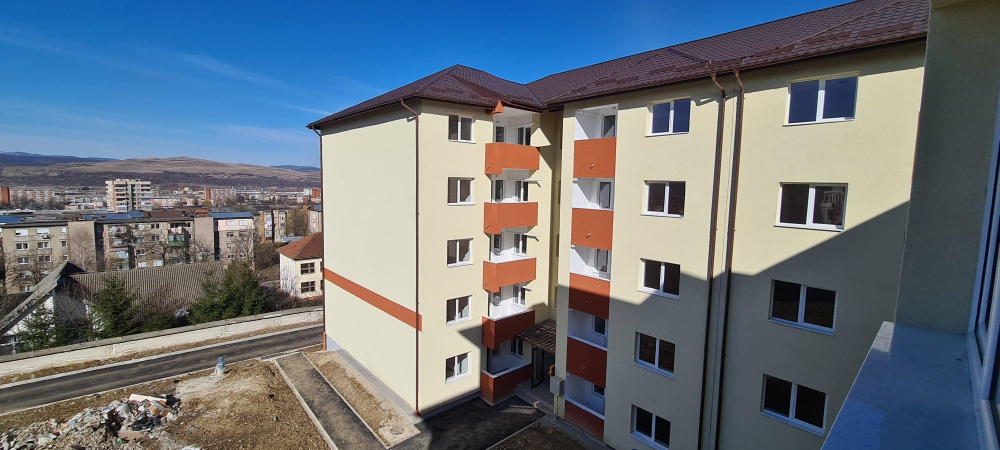 Locuinţe ANL repartizate, prin tragere la sorţi, la Hunedoara