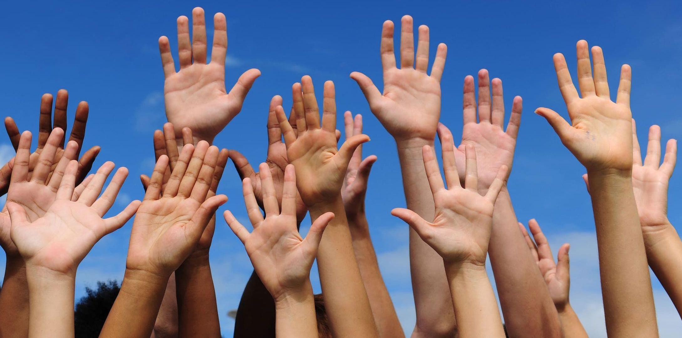 DEVA: Se caută voluntari pentru sprijinul persoanelor vârstnice care beneficiază de servicii de îngrijiri personale la domiciliu