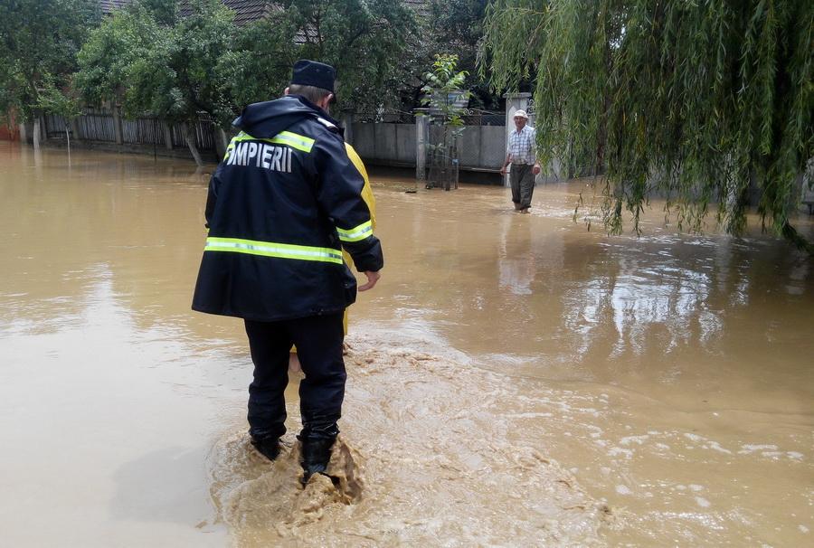 Bani de la Guvern pentru localitățile din județ afectate de inundațiile din iunie