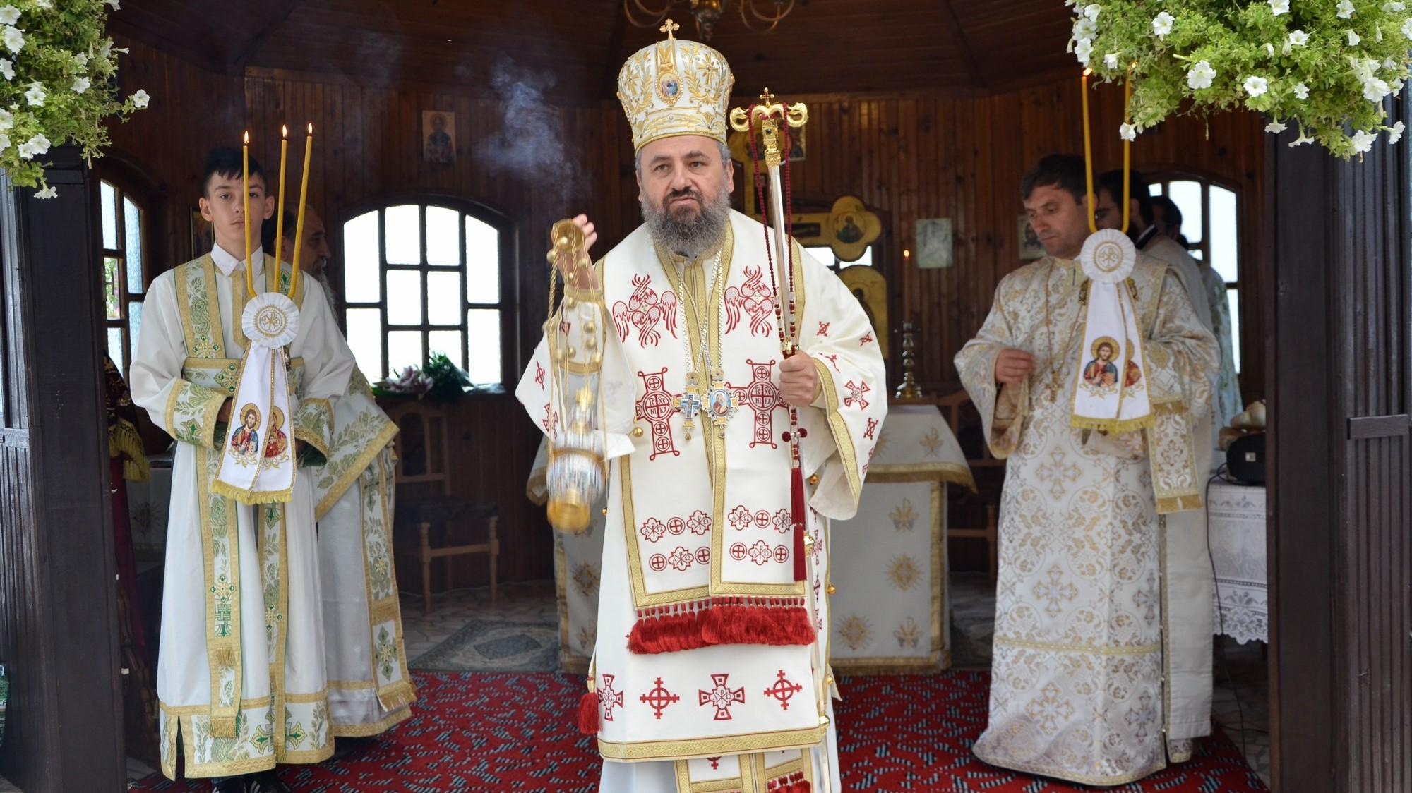 Preasfințitul Gurie, Episcopul Devei și Hunedoarei, infectat cu COVID-19. Este internat la ATI încă de vineri