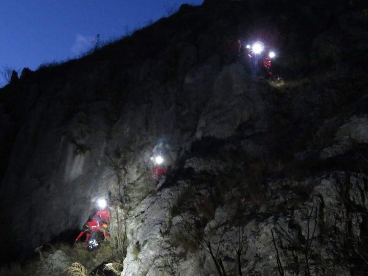 14 ore de căutări în Retezat,18 salvatori și un câine utilitar, pe urmele unui turist rătăcit în munte